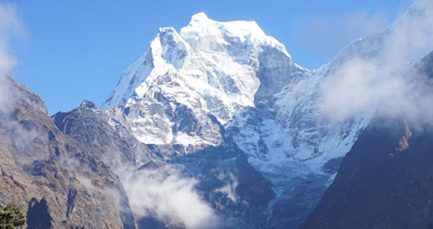 Khangtega, technical mountain in the everest region nepal