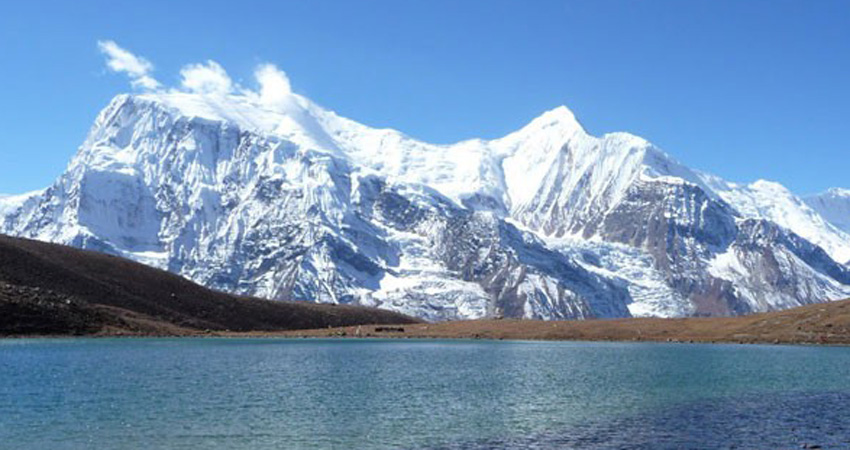 Tilicho Lake & Throung-La Trekking