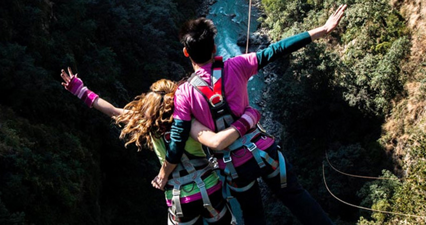Bungy Jumping and Tandem Swing