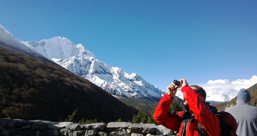 Everest photography during the everest base camp trek